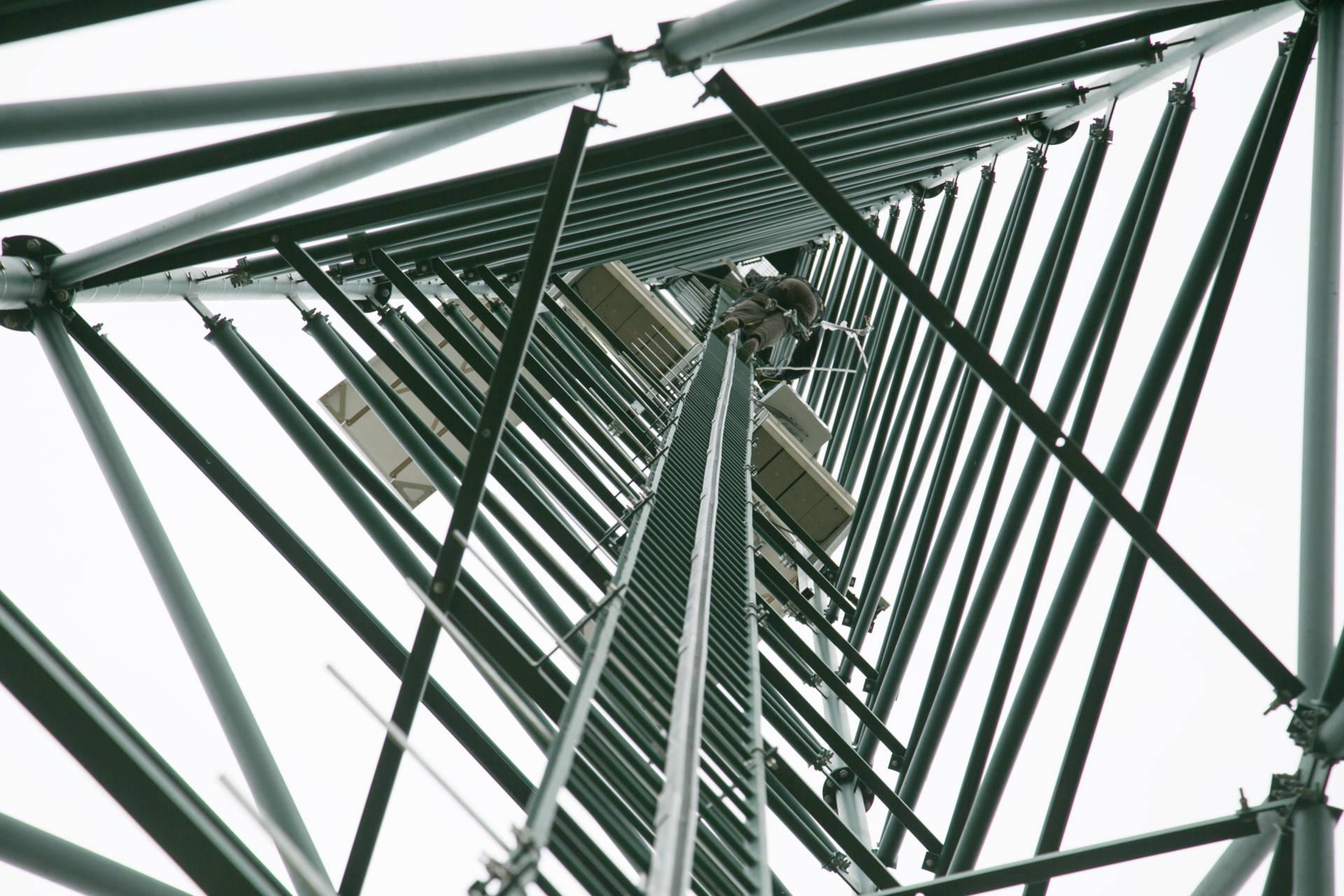 26 pylônes pour résorber les zones blanches en téléphonie mobile dans l'Yonne