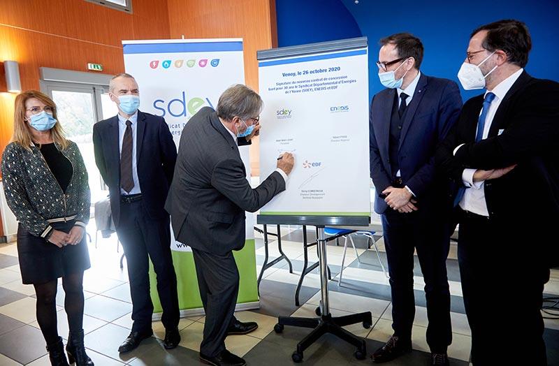 Signature Du Nouveau Contrat De Concession Sdey Enedis Edf 1